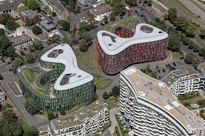 10 Cologne Oval Offices, Gustav-Heinemann-Ufer 72–74. Sauerbruch Hutton Architekten. 2000–2009