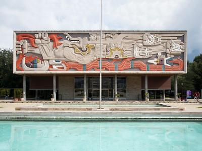 03 Tecnológico de Monterrey, Campus Monterrey. Enrique de la Mora, Armando Ravizé, Ricardo Guajardo; Jorge González (mural, 1946–1965
