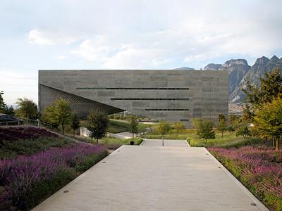 04 Centro Roberto Garza Sada de Arte, Arquitectura y Diseño, Universidad de Monterrey. Tadao Ando, 2008–2013