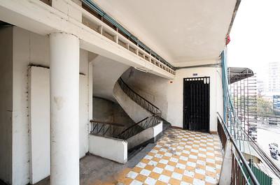 02 Tan Pa Building. Treppenhaus | Stairwell. Architekt | Architect: René Nguyen Khac Scheou (1960er Jahre | 1960s)