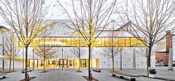 06 Hessischer Landtag, Wiesbaden. Architekten: Waechter+Waechter, 2008