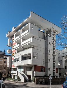 01 Wohn- und Geschäftshaus. Antonio Macconi, 1972