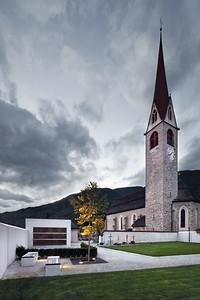 06 Neue Kirche Sankt Georgen und Friedhofserweiterung. KUP Kerschbaumer Pichler & Partner Architekten, 1992 (Kirche) | 2012 (Friedhof)