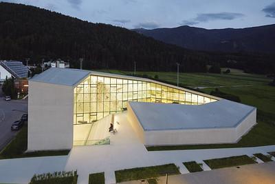 05 Schulboulder- und Kletterhalle. Stifter + Bachmann, 2015