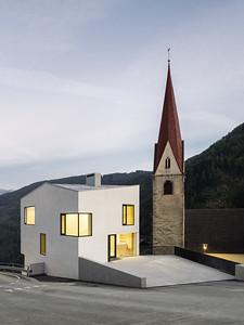 08 Haus der Vereine Schalders. Stifter + Bachman mit CeZ Calderan Zanovello Architetti, 2017