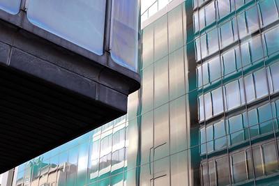 07 Der Büroturm S2 ist einer der wenigen realisierten Bauten des von Milan Mihelič entwickelten Masterplans »Nördliches Stadttor« in Ljubljana.