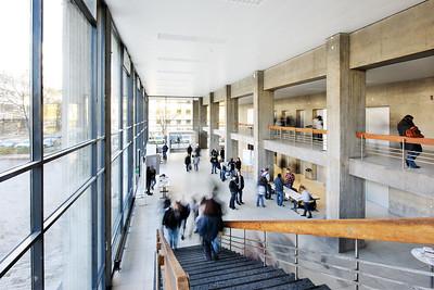 08 Kollegiengebäude I und II. Rolf Gutbier, Curt Siegel, Günter Wilhelm∕Heinle, Wischer und Partner (Sanierung), 1960 (KI), 1964 (KII)∕2009 (Sanierung)