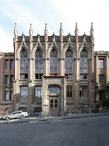 03 Ehemaliges Mädchengymnasium Nr.3. Alexander Oserow⁄Thomas Krayer, 1903–1905 ∕ 1912 ∕ 2011–2012