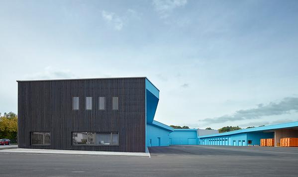10 Finalist: Wertstoff- und Straßenreinigungsdepot, Augsburg | Recycling centre and street cleaners depot. Knerer und Lang Architekten