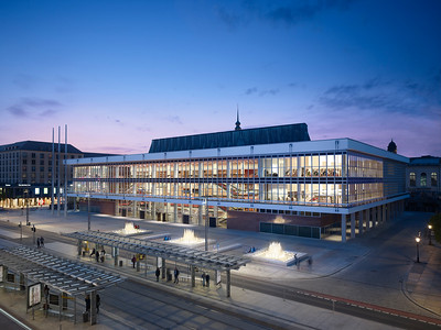 03 Preisträger | Award Winner: gmp Architekten von Gerkan Marg und Partner. Modernisierung, Umbau Kulturpalast, Dresden | Reconstruction and renovation of the Kulturpalast, Dresden.