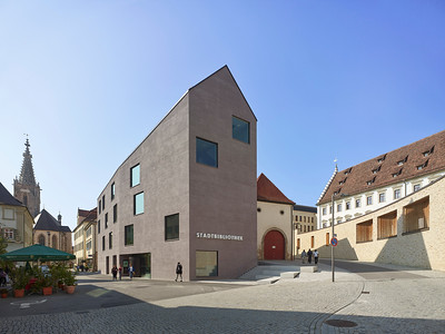 08 Finalist: Harris +  Kurrle. Stadtbibliothek, Rottenburg | Public library, Rottenburg.
