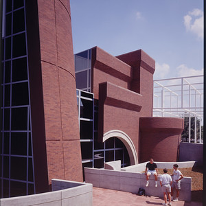 Wexner Center for the Arts, Ohio State UniversityImage: © Eisenman Architects