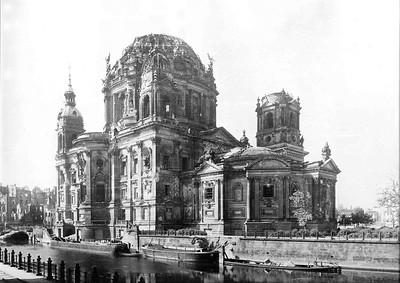 02 Der kriegszerstörte Dom, 1946