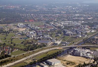 Luftbild Süd-Ost-Achse Spreeraum/Schöneweide/Adlershof/BER. Quelle: Philipp Meuser 2014
