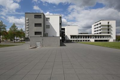 03 Walter Gropius. Bauhaus Dessau, 1925–1926