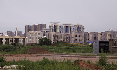 04 Building a new capital: housing development in Astana.