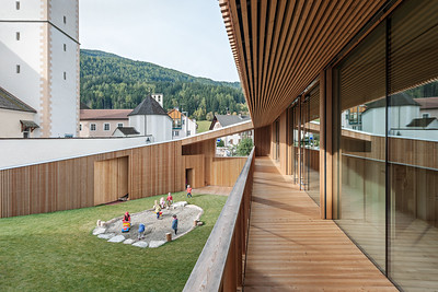 09 Kindergarten Niederolang. Olang, Italien | Olang, Italy. feld72 Architekten
