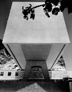01 Deutsche Botschaft Rio de Janeiro (1956–1960), heute Generalkonsulat. Architekten: Schmidt + van Dorp Architekten (Franz Schmidt, Ernst van Dorp)