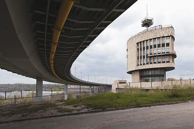 02 Kontrollstation Stauwehr, Dnepr Wasserkraftwerk | Lock Controller Office, Dnieper Hydroelectric Station. 1969—1981. Saporischschja | Zaporizhia