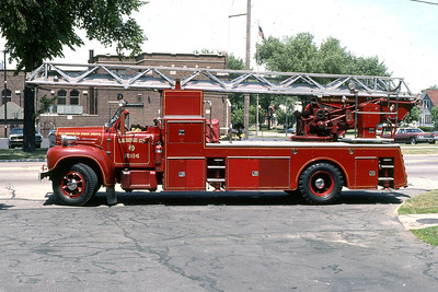 LADDER 14  1957 MACK-MAGIRUS  100'  DF