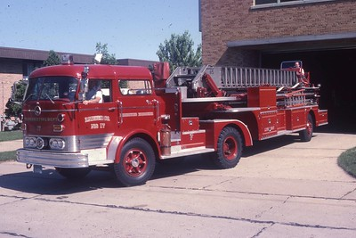 LADDER 17  MACK C95-PIRSCH  DF