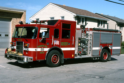 ENGINE 17  2000 PIERCE DASH 1500-500-30F