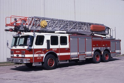 LADDER 15  1996 E-ONE 100'  DF