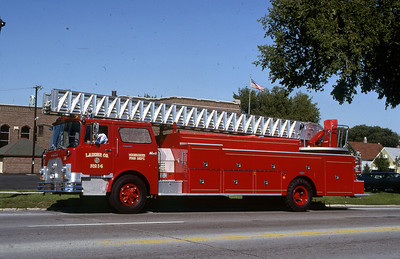 LADDER 16  1977 MACK CF-PIRSCH 100'  DF