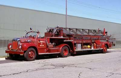 LADDER 12  1955 MACK-MAXIM 85'  CODE 435