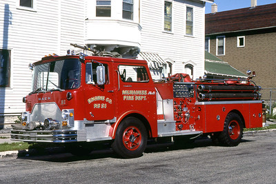 ENGINE 21  1970 MACK CF  1000-500