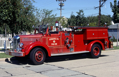 ENGINE 45  1949 MACK 1000-O  DF