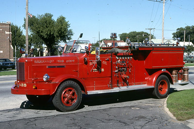 ENGINE 23  1954 FWD  750-  DF