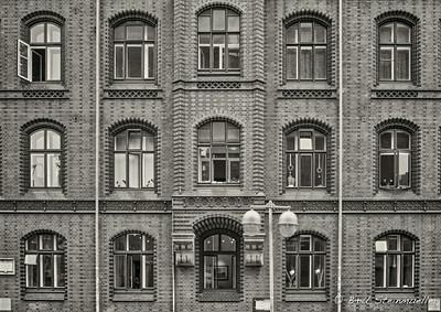 Hannover (slight motion blur at 1/60sec)