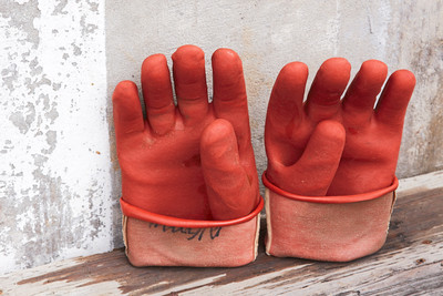 090750D_0888_Gloves_C1_24-105mm