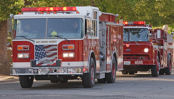 Fire Engines at 2009 Rodeo Parade