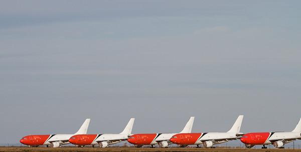 Mojave Planes (7D)
