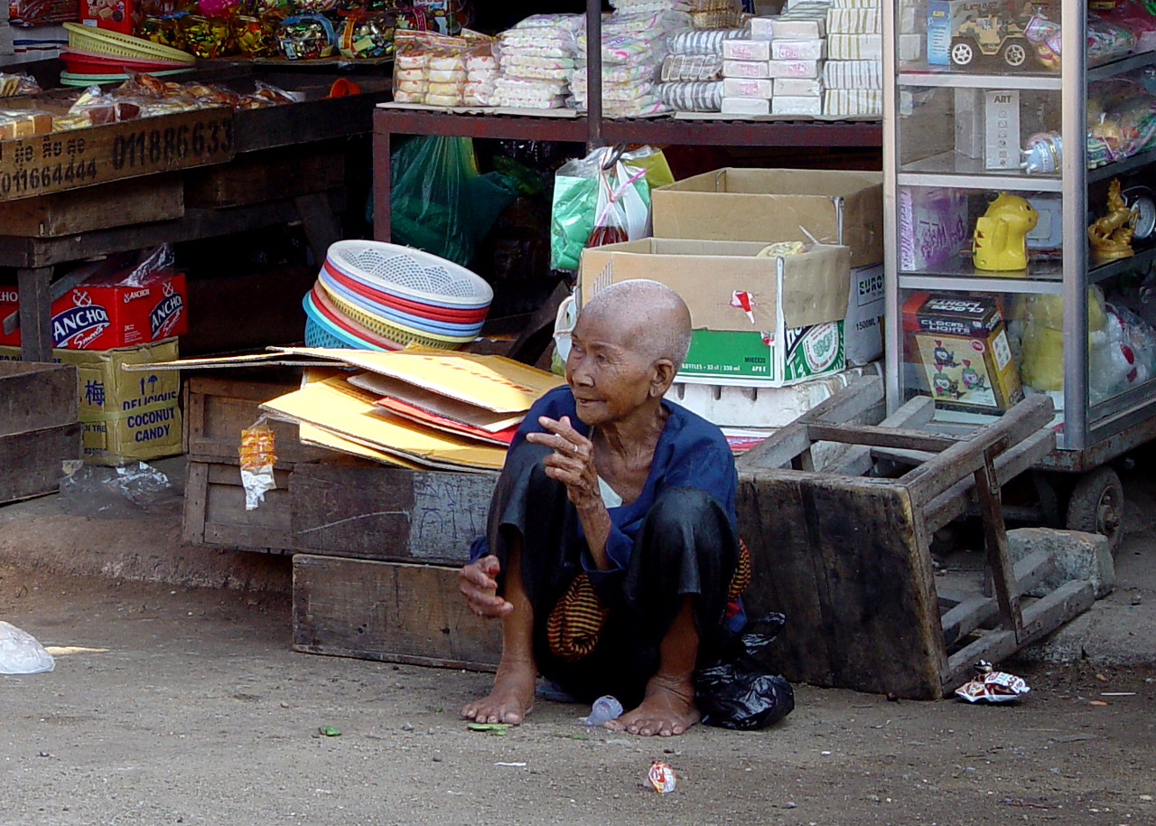 DOWN AND OUT IN PHNOM PENH - CAMBODIA