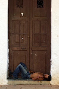 DOWN AND OUT IN SANTA FE DE ANTIOQUIA - COLOMBIA