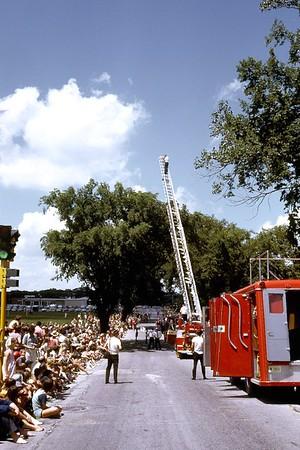 JULY 1968 4TH OF JULY PARADE PHOTO 13
