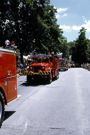 JULY 1968 4TH OF JULY PARADE PHOTO 2