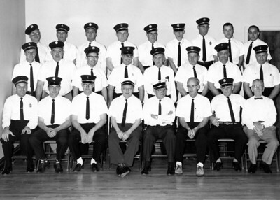 1964  STATION 1 GROUP SHOT