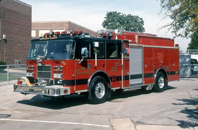 DOWNERS GROVE FD  ENGINE 751  2000  PIERCE SABER   1500-500