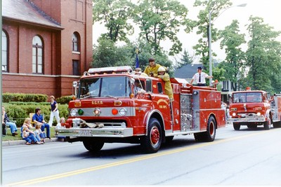 DGFD  ENGINE 462  4th of JULY PARADE