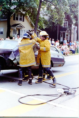 DGFD  EXTRICATION DEMO  DRIVERS SIDE     4th of JULY PARADE (L-R) UNKNOWN-BRIAN TROY
