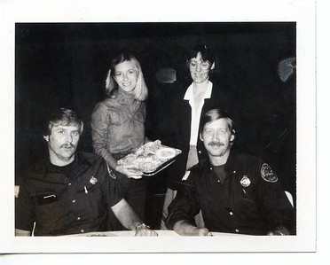 MIKE SHAVER AND BILL FRIEDRICH   JR  WOMENS CLUB SERVING DINNER 10-14-81