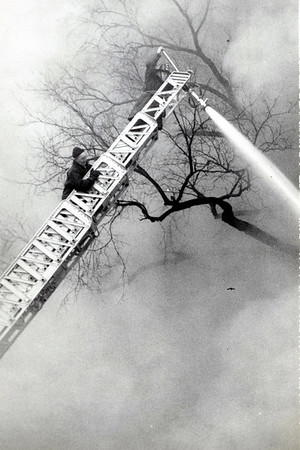 1013 CURTIS 2-12-1959  5 FIRES IN FIVE DAYS