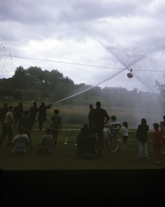 WATER FIGHTS (JULY 1970)  PHOTO 4