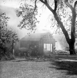DOWNERS GROVE  FIRE  9-6-62)  PHOTO 2