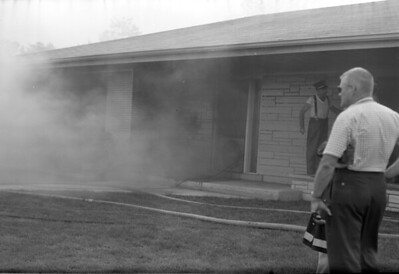 CLARENDON HILLS FIRE  (8-23-62)  PHOTO 1