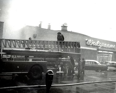 (2-9-1959)   OFFICE BUILDING FIRE  1013 CURTIS  PHOTO 1